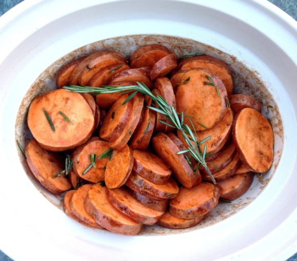 sweet potatoes, pecans, rosemary, maple, maple syrup, maple pecan, crockpot, sweet potato casserole