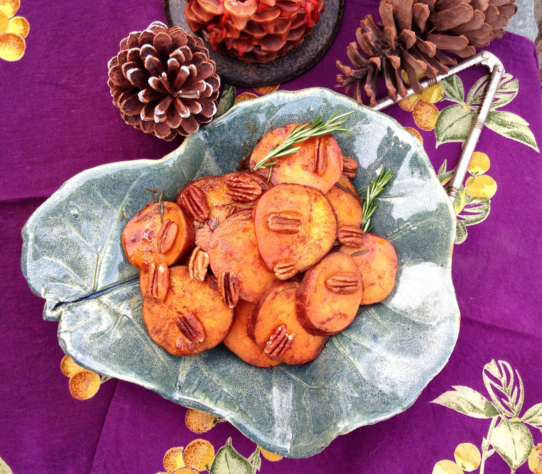 sweet potatoes, rosemary, pecans, maple syrup, maple, potatoes, crockpot, sweet potato casserole