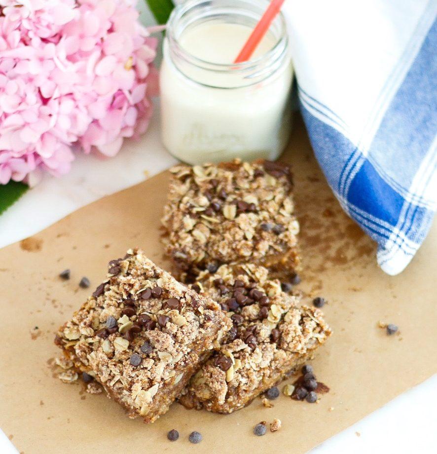 oat bars, almond oat bars, vegan oat bars, vegan breakfast bars, caramelitas, vegan caramelitas