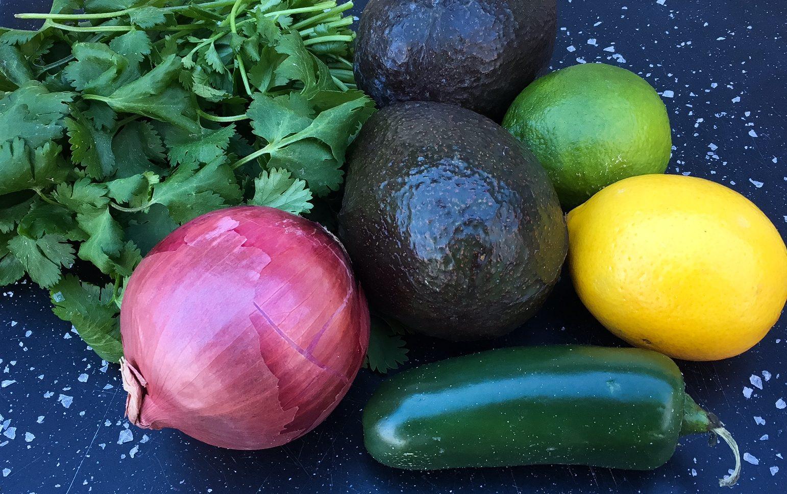 guacamole, avocado, chipotle, cilantro, mexican food, appetizer, cilantro, jalepeno, red onion