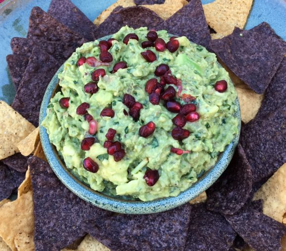 guacamole, avocado, chipotle, cilantro, mexican food, appetizer, pomegranate seeds, festive, holiday appetizer