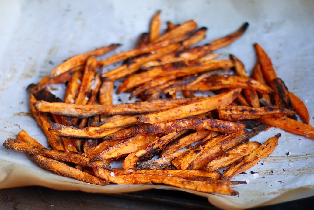 sweet potato fries, crispy sweet potato fries, baked sweet potato fries, sweet potatoes