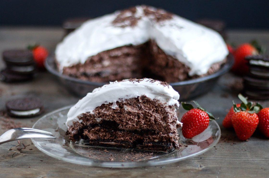 Sky High Vegan Chocolate Mousse Pie - Ellen Whitney