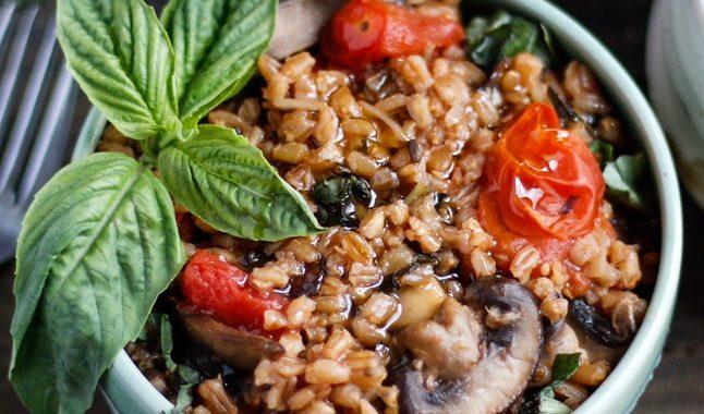 Creamy Mushroom and Tomato Farrotto