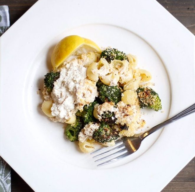 roasted broccoli pasta, sheet pan roasted broccoli pasta, pasta bake, sheet pan pasta, roasted Broccoli sheet pan pasta, broccoli and ricotta sheet pan pasta, vegan ricotta