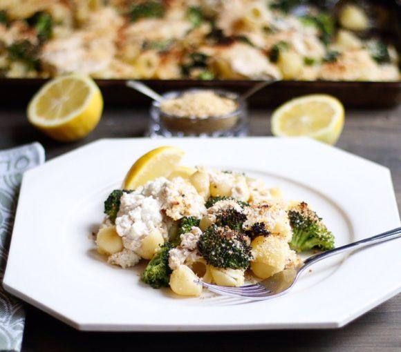 roasted broccoli pasta, sheet pan roasted broccoli pasta, pasta bake, sheet pan pasta, roasted Broccoli sheet pan pasta, broccoli and ricotta sheet pan pasta, vegan ricotta
