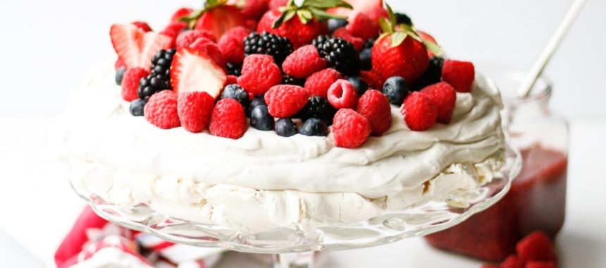Vegan Mixed Berry Pavlova