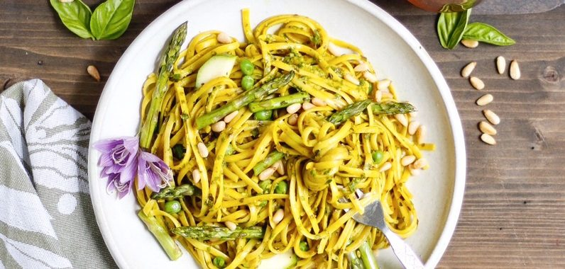 Turmeric Pesto Pasta Primavera