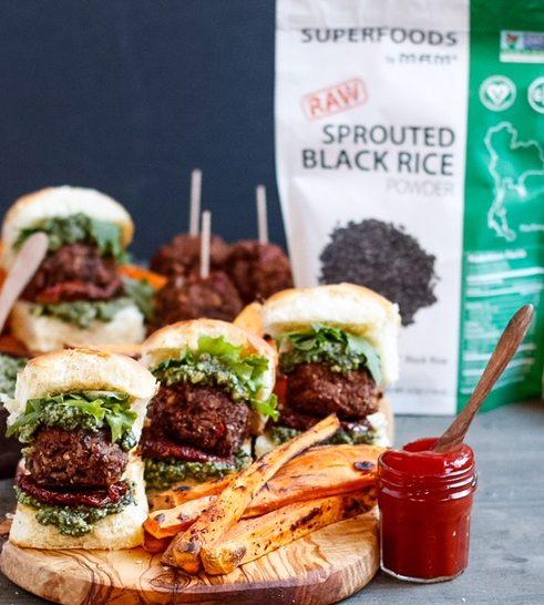 vegan meatball sliders, vegan meatballs, pesto meatballs, sundried tomato meatballs, vegan sliders