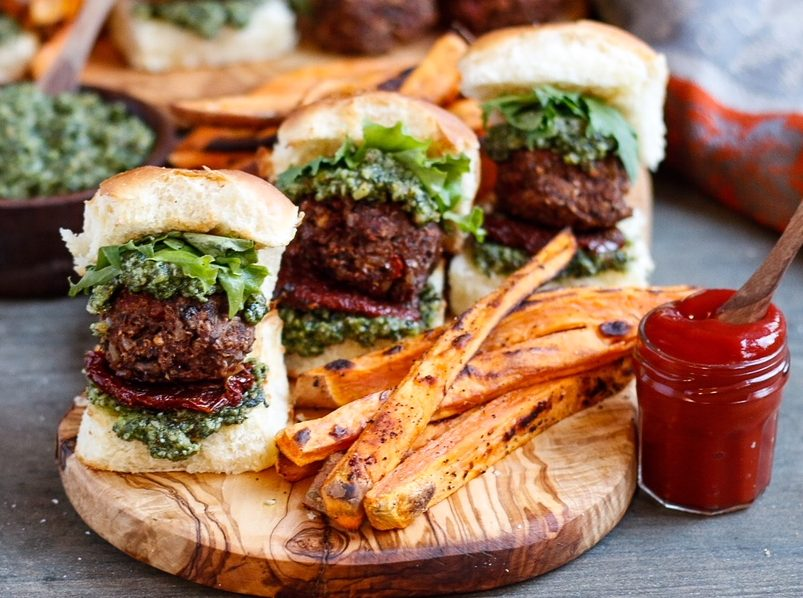 vegan meatball sliders, vegan meatballs, pesto meatballs, sundried tomato meatballs, vegan sliders