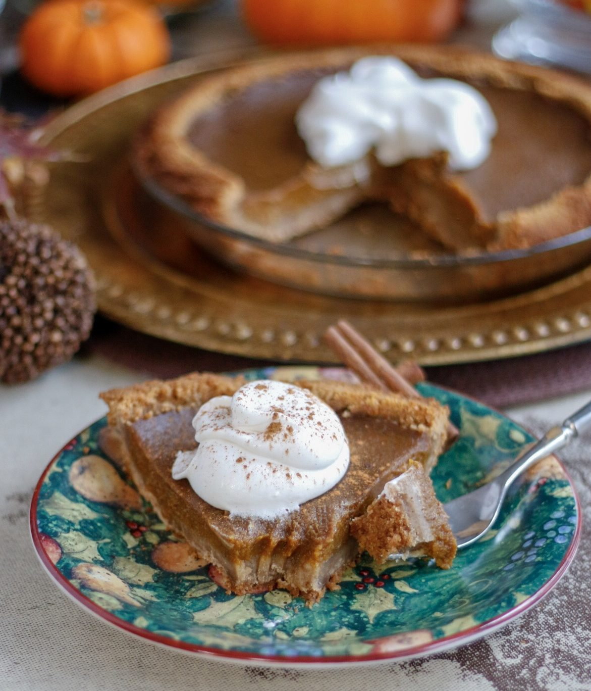 pumpkin pie, vegan pumpkin pie, creamy pumpkin pie, low sugar pumpkin pie