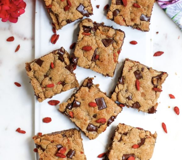tahini and goji berry blondies, vegan blondies, blondies, tahini blondies