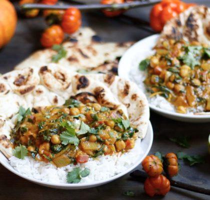 pumpkin butter saag chole, pumpkin butter chickpeas, saag chole, vegan indian recipe, indian pumpkin butter chickpeas