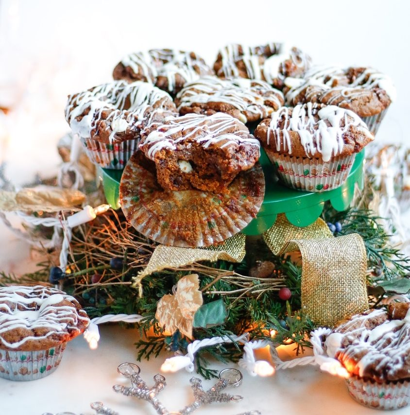 gingerbread, gingerbread muffins, white chocolate gingerbread muffins, vegan gingerbread muffins