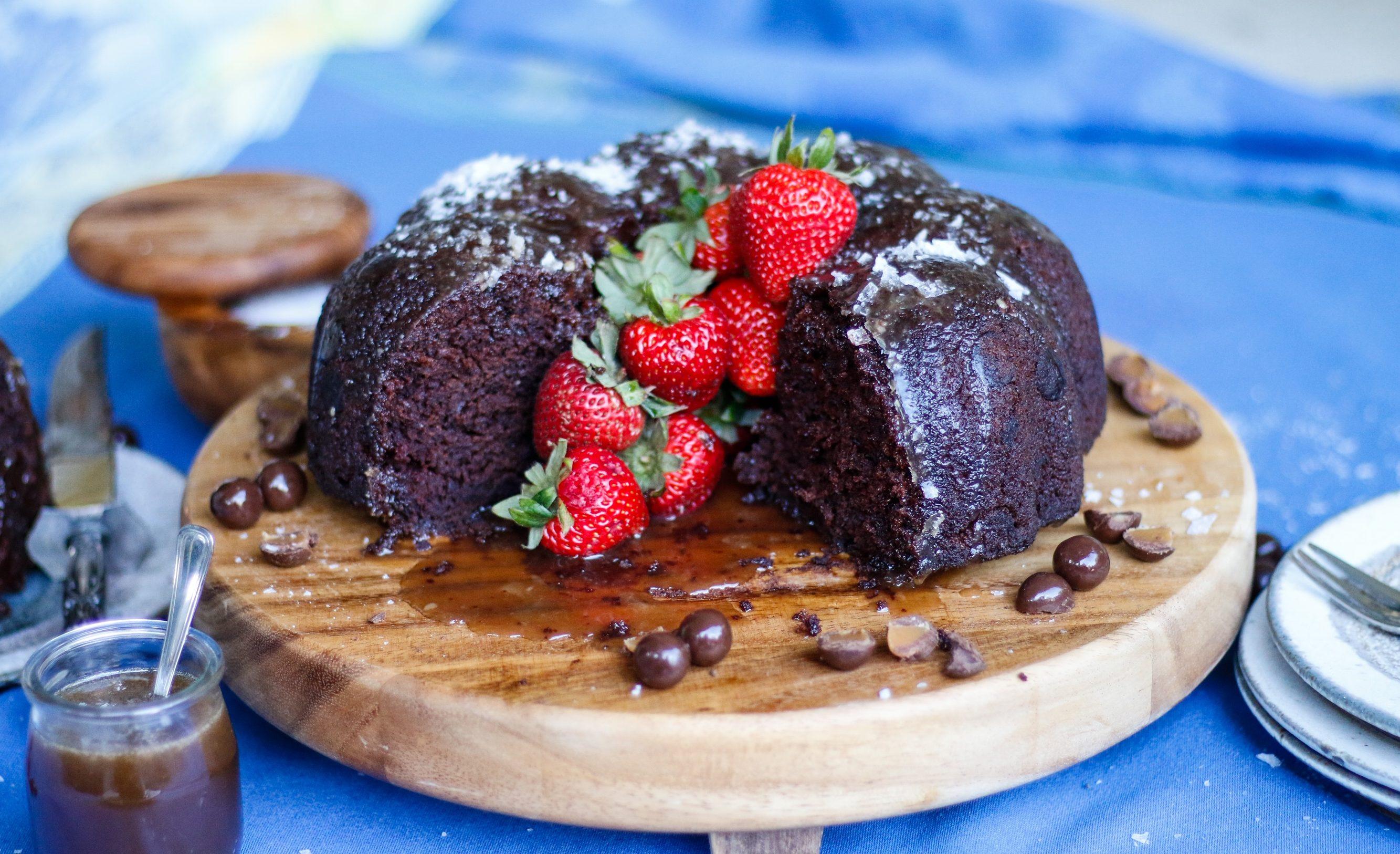 chocolate salted caramel poke cake, chocolate salted caramel cake, vegan chocolate cake, vegan chocolate salted caramel cake, caramel poke cake