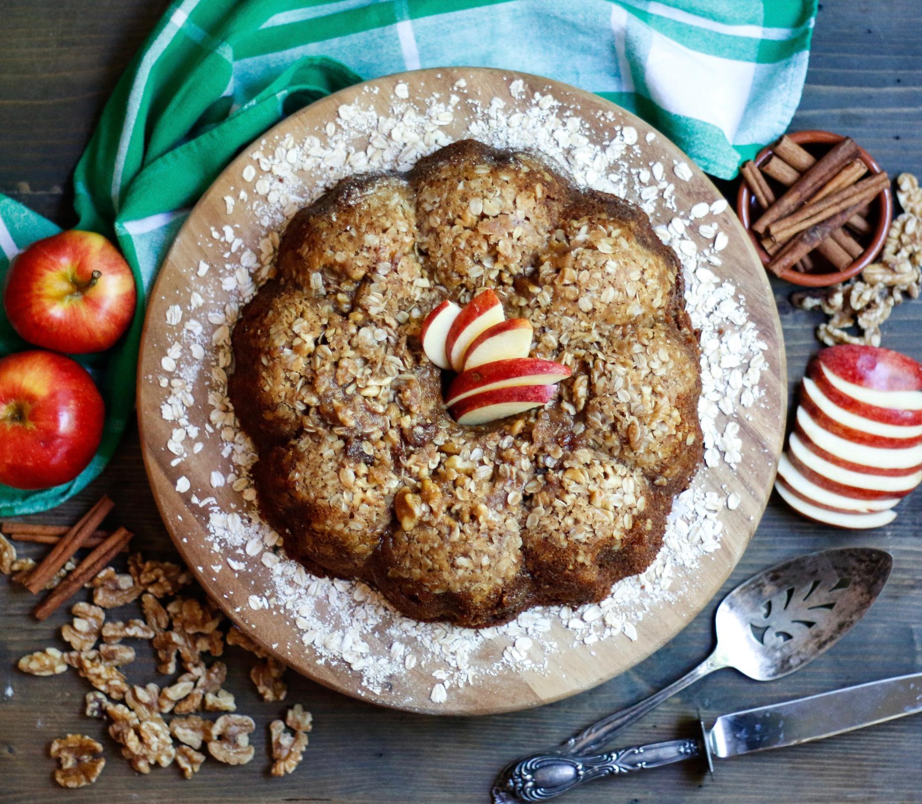 oatmeal apple fritter bread, apple bread, vegan apple bread, apple cake, oatmeal bread, oatmeal cake