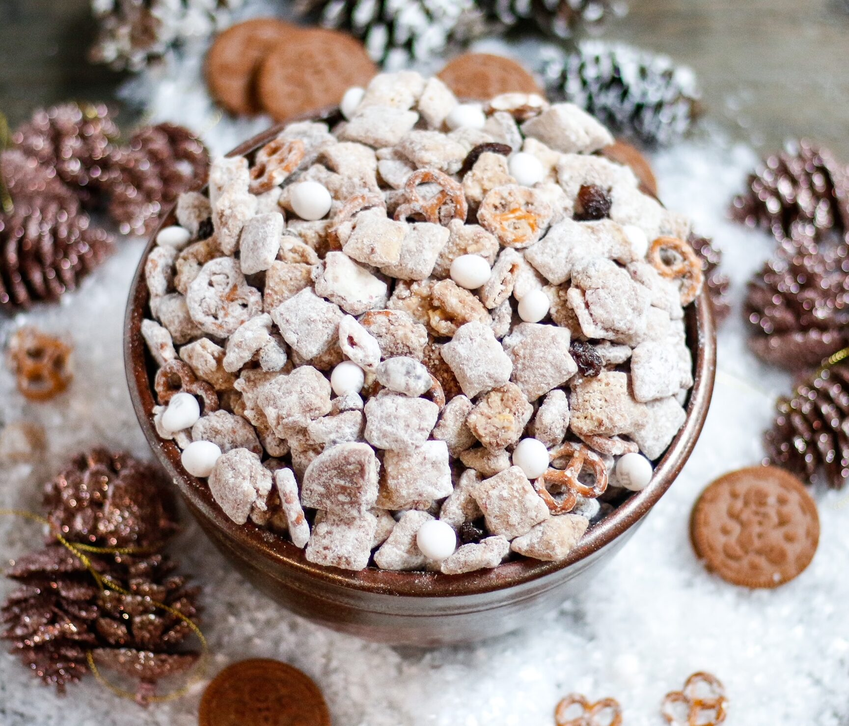 gingerbread puppy chow, puppy chow, christmas puppy chow, cookie butter puppy chow, oreo puppy chow, gingerbread oreo puppy chow